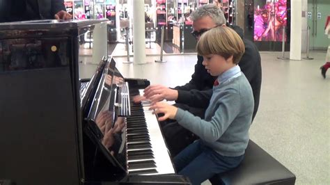 The Youngest Boogie Woogie Fan EVER! - YouTube