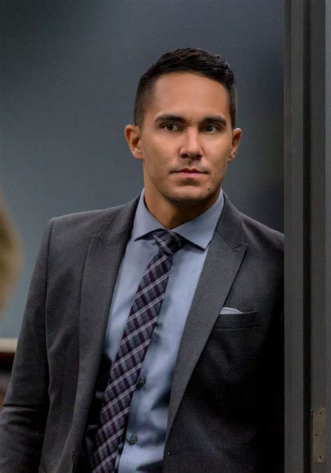 Alexa and Carlos PenaVega on Picture Perfect Mysteries