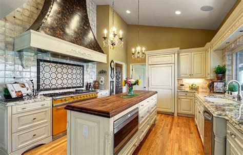 Traditional Kitchen Remodel with European Flair - Affinity