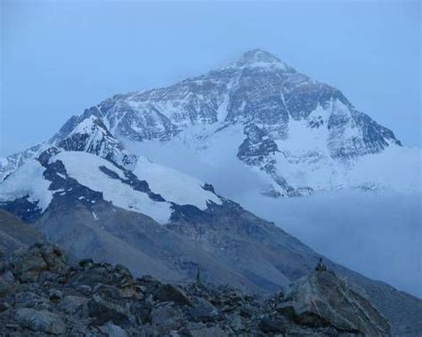 Mount Everest, Tibet   9 mountains you may never see in