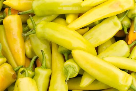 Yellow Peppers Guide: From Mild To Extra Hot - PepperScale